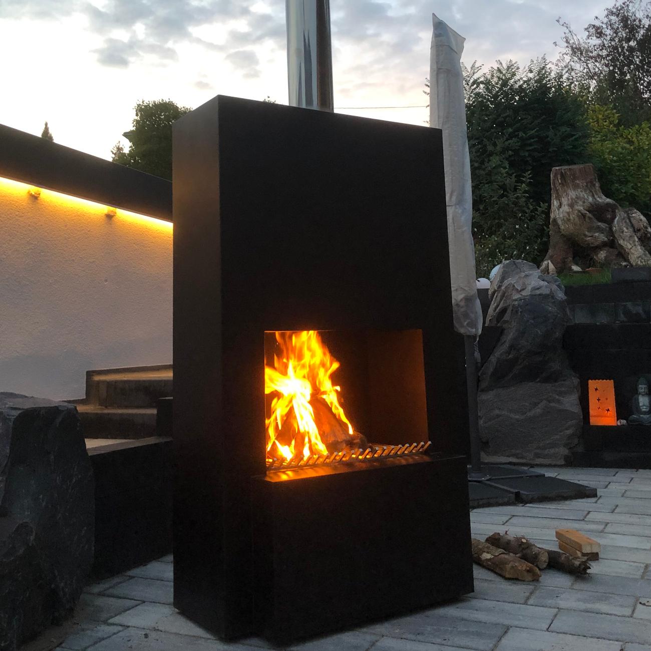 Outdoor Garten Kamin Feuersaule Pinacate In Schwarz Gartenkamine Und Feuerschalen Outdoor Derofenfuchs Kamin Und Energiestudio